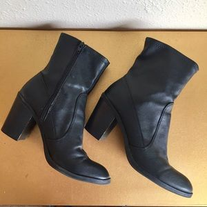 Dolce Vita size 9 black heeled boots